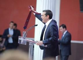 H Ιστορική ημέρα της μεγάλης απάτης των καρπαζοεισπρακτόρων της Υπερεθνικής Ελίτ (Τάκης Φωτόπουλος)