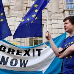 Ανακοίνωση ΜΕΚΕΑ για το δήθεν βρετανικό πραξικόπημα: Οι λαοί ξεσηκώνονται ενάντια στη φασιστική Νέα Διεθνή Τάξη που εκφράζει η ΕΕ